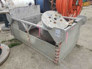 LOT EQUIPMENT CAGE