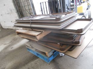 LOT OF ASSORTED FOLDING TABLES