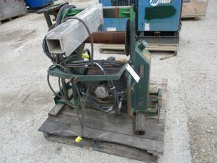 LOT OF GAS POWERED HYRAULIC WINCH