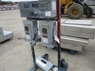 LOT OF SPLITTER STAND 60SP 100 AMP 600V 3 PHASE