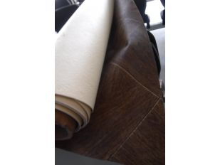 "LOT ROLL SIMULATED WOOD GRAIN ""TILE"" LINOLIUM ROLL. 6' WIDE LENGTH UNKNOWN"