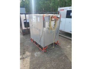 LOT SKID BOX WITH GAS TANK