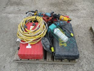 SKID OF ASSORTED HAND TOOLS,