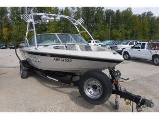 2007 MOOMBA OUTBACK INBOARD SKI BOAT Boats Marine For Auction In