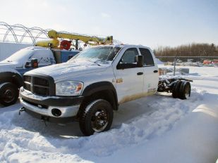 2008 DODGE 5500HD CRCB 4X4 C&C SLT