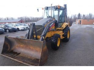 2010 VOLVO BL70 RUBBER TIRE EXTEND 4X4 BACKHOE