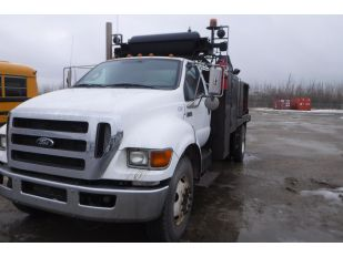 2011 FORD F750SD DW S/A