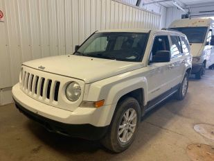 2015 JEEP PATRIOT North 4D Utility 4WD